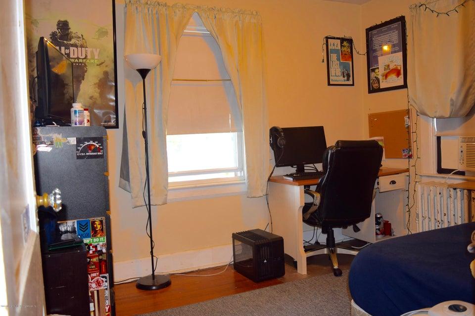 Single Family - Detached 176 Drake Avenue  Staten Island, NY 10314, MLS-1120662-19