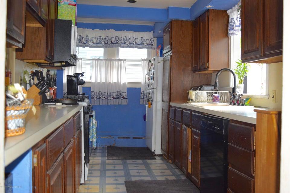 Single Family - Detached 176 Drake Avenue  Staten Island, NY 10314, MLS-1120662-10