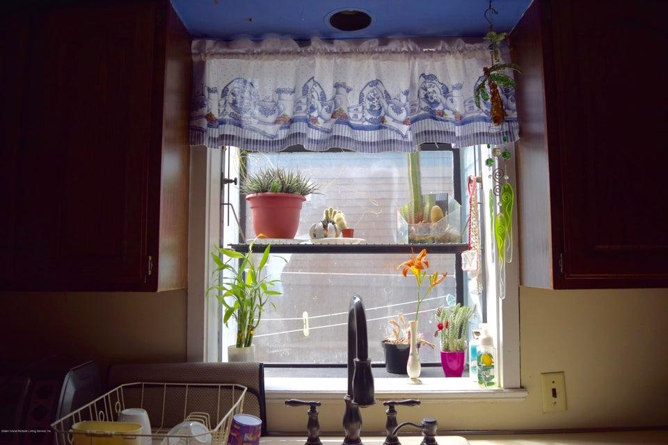 Single Family - Detached 176 Drake Avenue  Staten Island, NY 10314, MLS-1120662-9