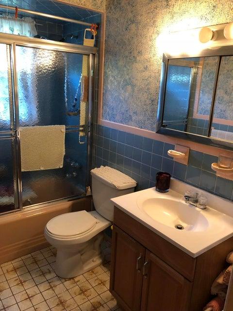 Single Family - Detached 224 Lamport Boulevard  Staten Island, NY 10305, MLS-1120445-8