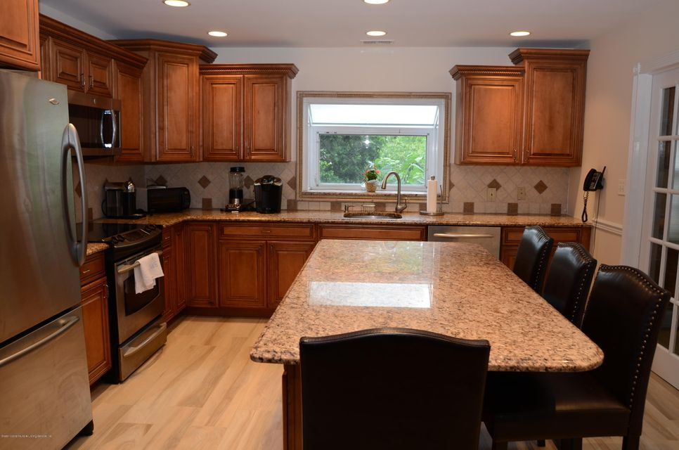 Two Family - Detached 1545 Victory Boulevard  Staten Island, NY 10314, MLS-1120754-4
