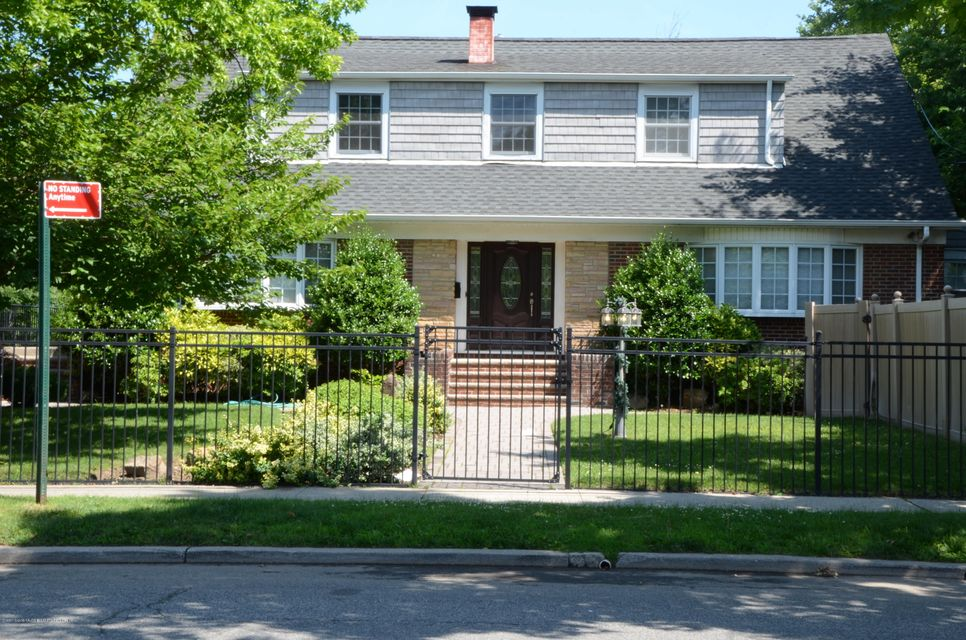 Two Family - Detached 1545 Victory Boulevard  Staten Island, NY 10314, MLS-1120754-2