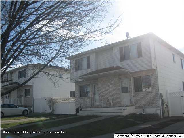 Single Family - Semi-Attached 22 Mott Street  Staten Island, NY 10312, MLS-1120797-2