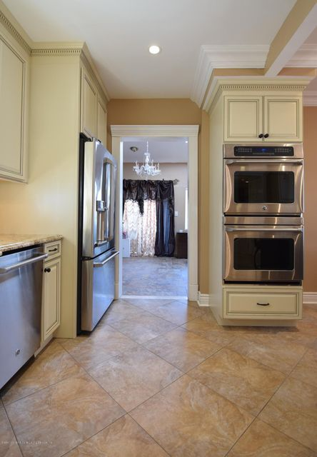 Single Family - Detached 593 Rensselaer Avenue  Staten Island, NY 10312, MLS-1120877-14