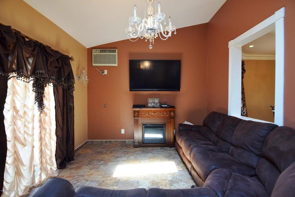 Single Family - Detached 593 Rensselaer Avenue  Staten Island, NY 10312, MLS-1120877-16