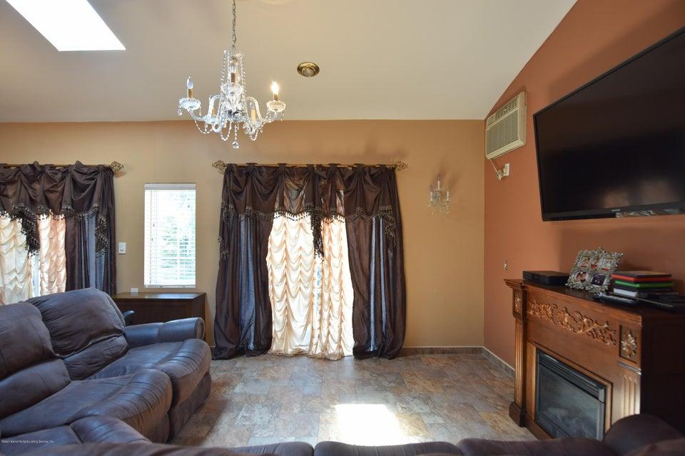 Single Family - Detached 593 Rensselaer Avenue  Staten Island, NY 10312, MLS-1120877-17