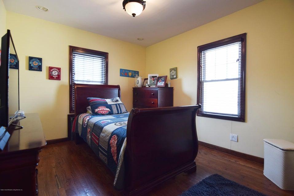 Single Family - Detached 593 Rensselaer Avenue  Staten Island, NY 10312, MLS-1120877-25