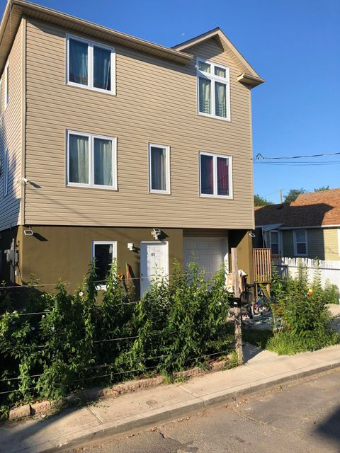 Single Family - Detached 49 Center Place  Staten Island, NY 10306, MLS-1117016-2