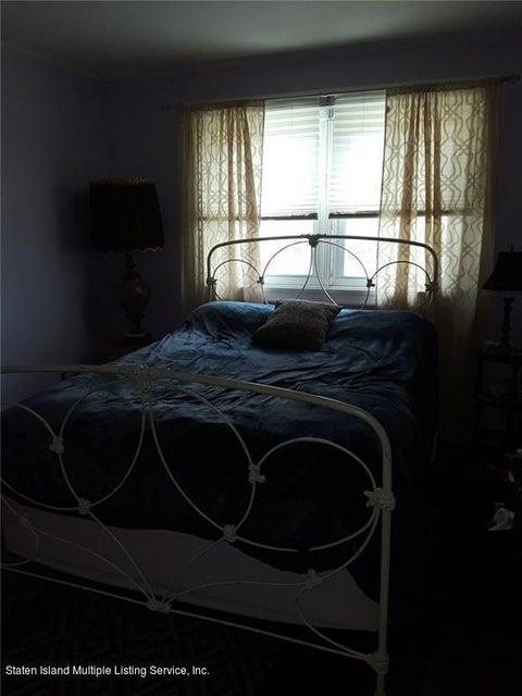 Single Family - Detached 289 Park Street  Staten Island, NY 10306, MLS-1120803-9