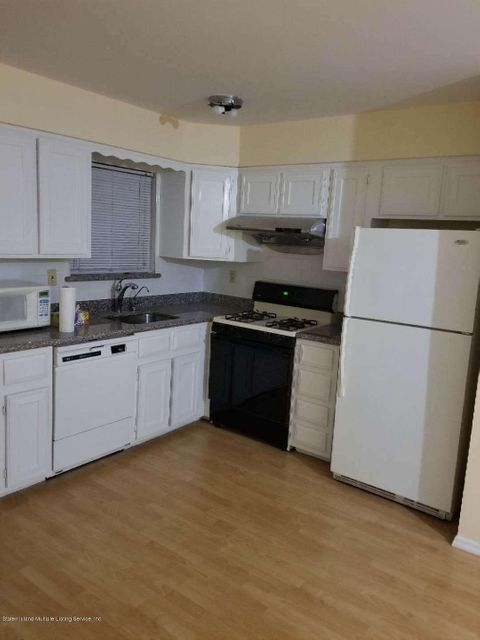 Single Family - Attached 25 Dayna Drive  Staten Island, NY 10305, MLS-1120892-7