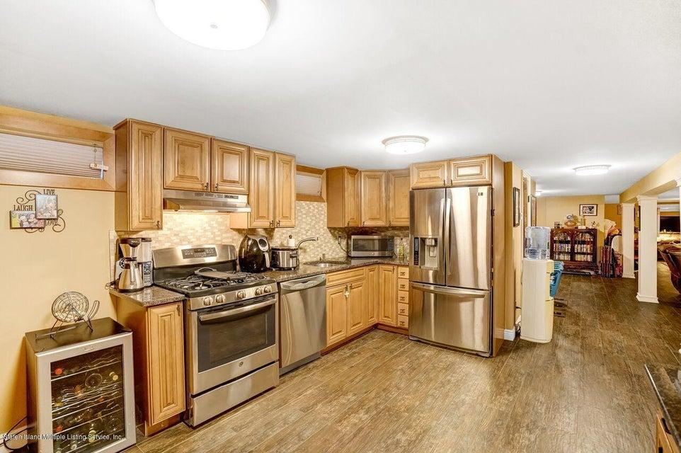 Single Family - Detached 781 Pelton Avenue  Staten Island, NY 10310, MLS-1120921-16