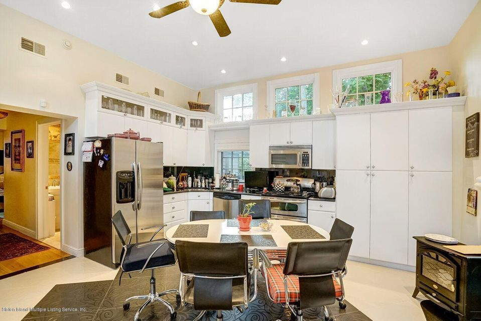Single Family - Detached 781 Pelton Avenue  Staten Island, NY 10310, MLS-1120921-19