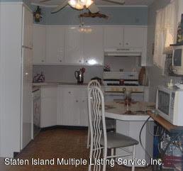 Single Family - Detached 178 Dickie Avenue  Staten Island, NY 10314, MLS-1120944-4