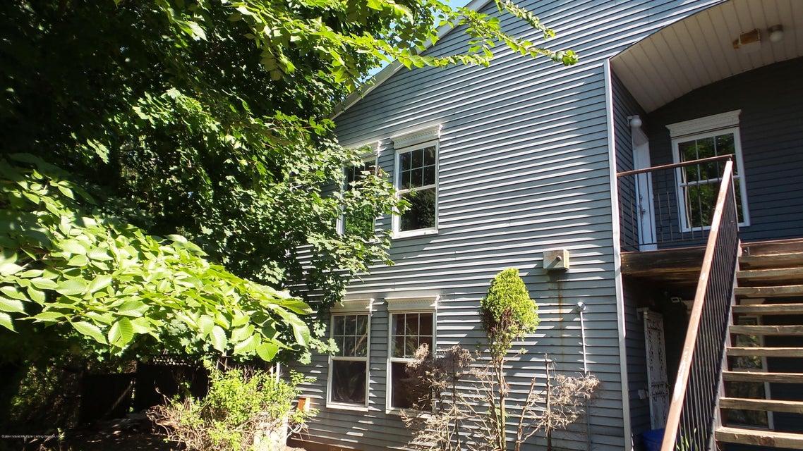 Condo 38 Pond Way #b  Staten Island, NY 10303, MLS-1120953-3