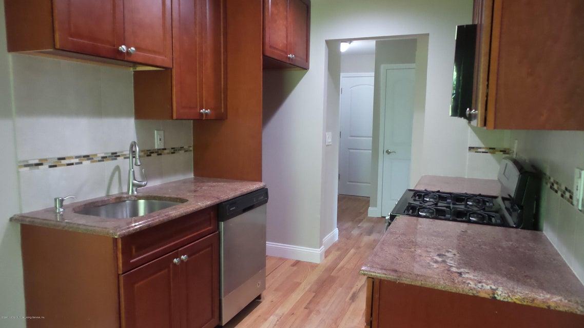 Condo 38 Pond Way #b  Staten Island, NY 10303, MLS-1120953-10