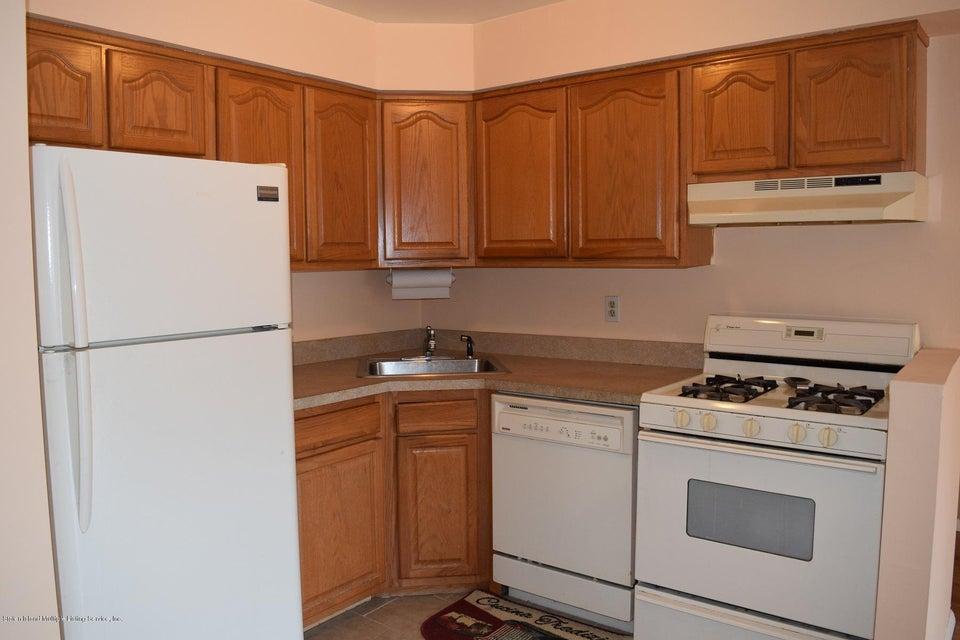 Condo 20 Donna Court 5  Staten Island, NY 10314, MLS-1120941-3