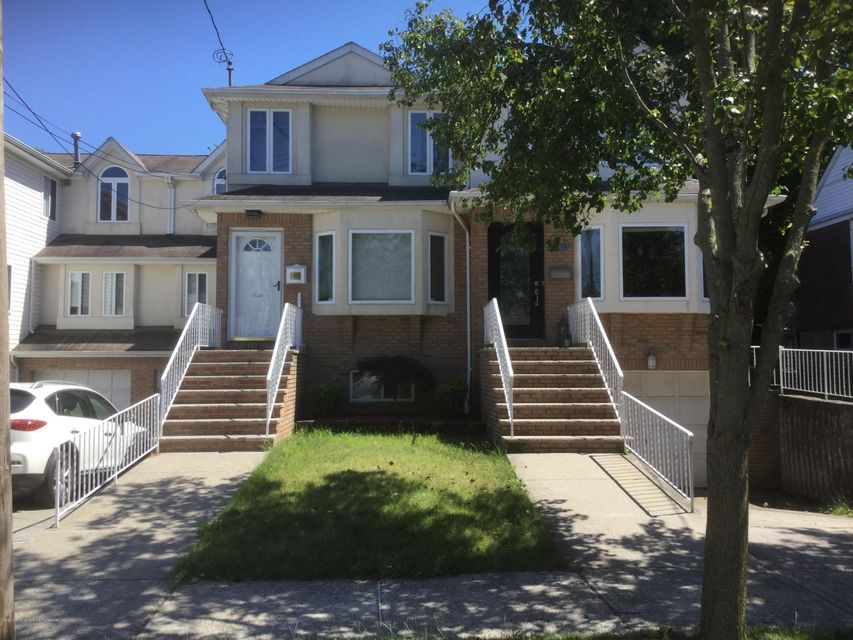 Single Family - Semi-Attached in Princes Bay - 300 Vogel Avenue  Staten Island, NY 10309