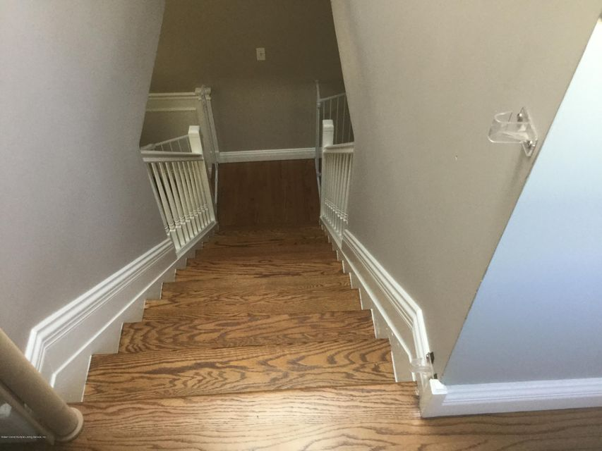 Single Family - Semi-Attached 300 Vogel Avenue  Staten Island, NY 10309, MLS-1120971-16