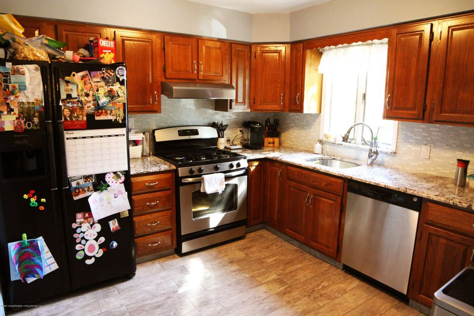 Single Family - Semi-Attached 3 Montvale Place  Staten Island, NY 10308, MLS-1120978-7