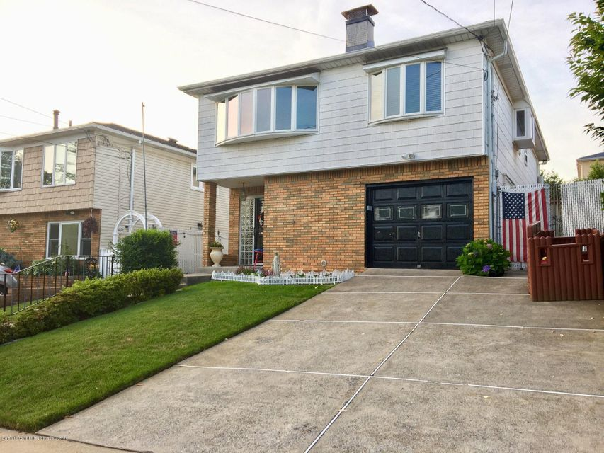 Single Family - Detached 24 Daleham Street  , NY , MLS-1120965-2
