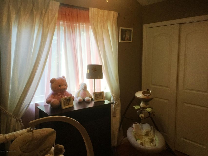 Single Family - Attached 41 Plumtree Lane  Staten Island, NY 10309, MLS-1120995-12