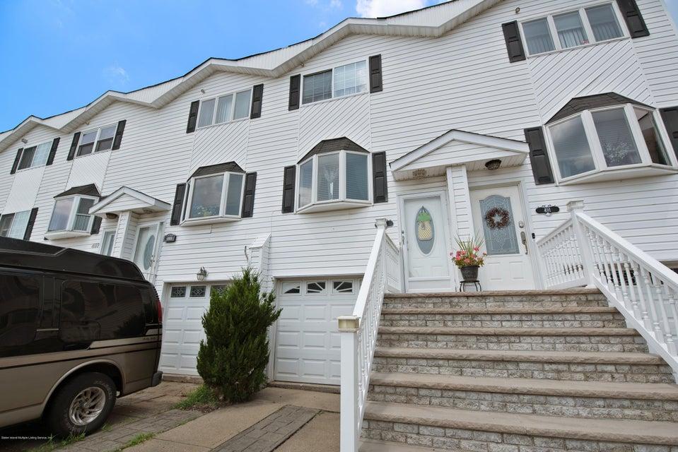 Single Family - Attached in Oakwood - 493 Medina Street  Staten Island, NY 10306
