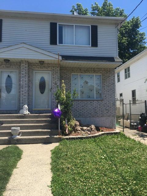 Single Family - Semi-Attached 295 Brighton Street  Staten Island, NY 10307, MLS-1120979-2
