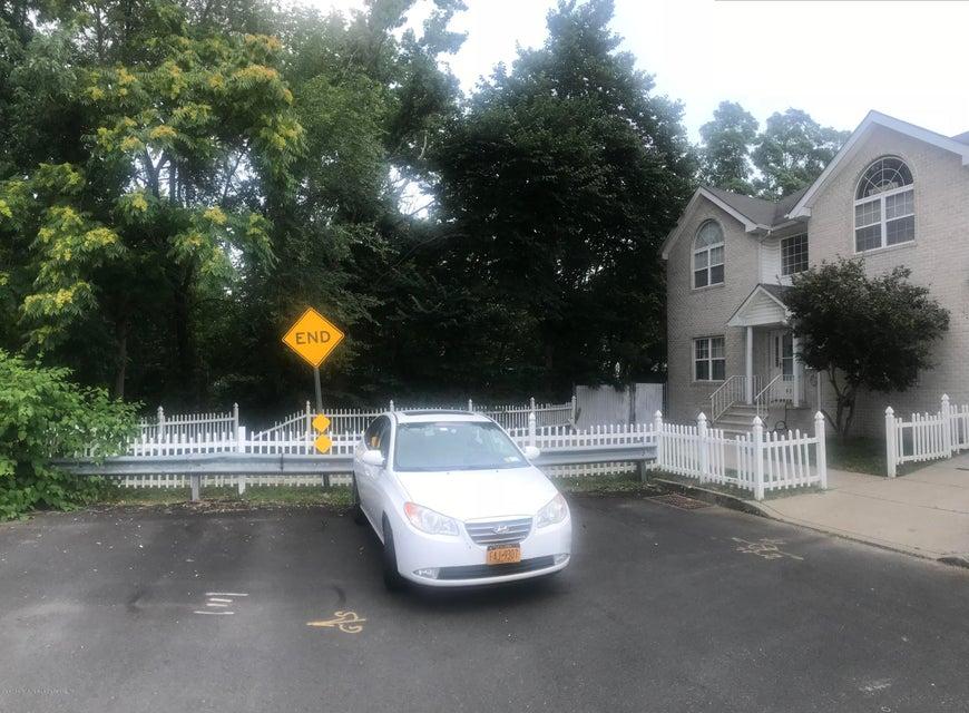 Single Family - Attached 493 Medina Street  Staten Island, NY 10306, MLS-1120765-18