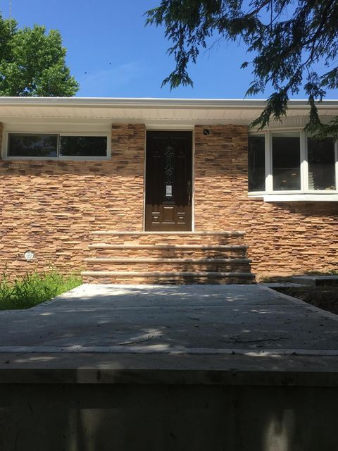 Single Family - Detached 922 Drumgoole Road  Staten Island, NY 10312, MLS-1121055-2