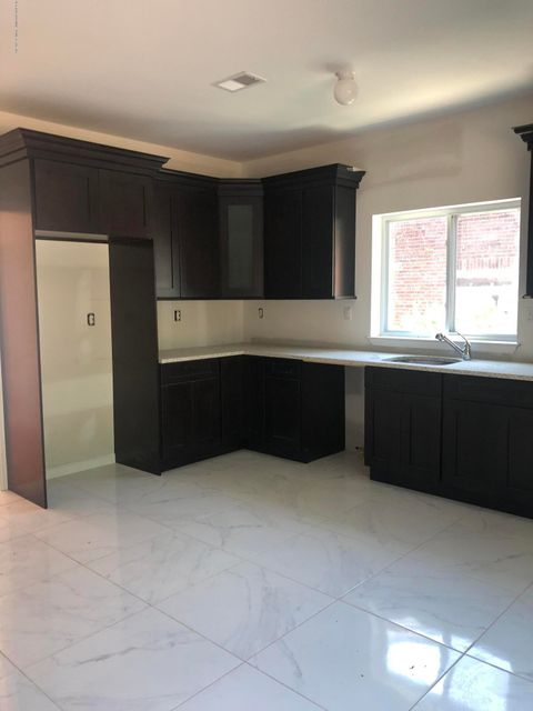 Single Family - Attached 42 Eunice Place   Staten Island, NY 10303, MLS-1121168-4
