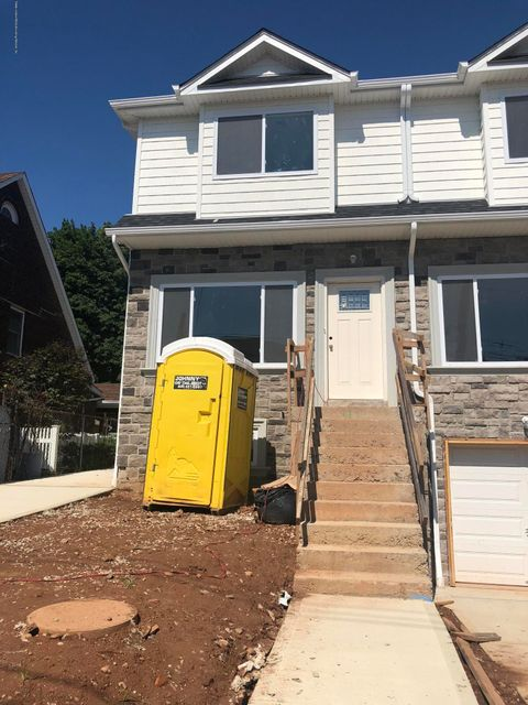Single Family - Attached 42 Eunice Place   Staten Island, NY 10303, MLS-1121168-2