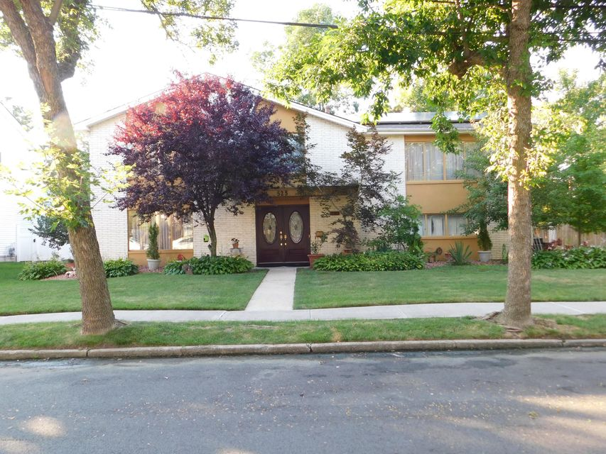 Single Family - Detached in S.E. Annadale - 525 Sycamore Street  Staten Island, NY 10312