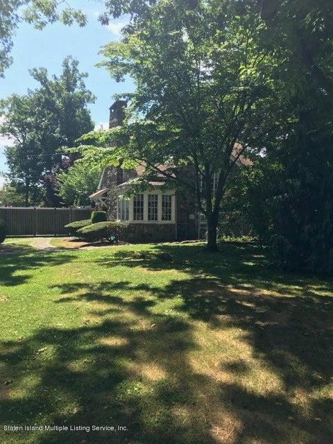 Single Family - Detached 40 Columbia Avenue  Staten Island, NY 10305, MLS-1117941-2