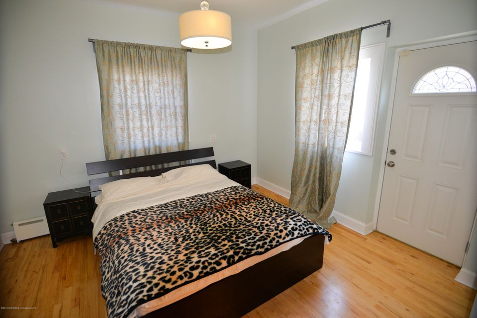 Single Family - Detached 53 Pouch Terrace   Staten Island, NY 10305, MLS-1121390-11