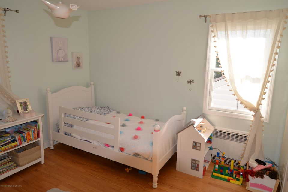 Single Family - Detached 53 Pouch Terrace   Staten Island, NY 10305, MLS-1121390-19
