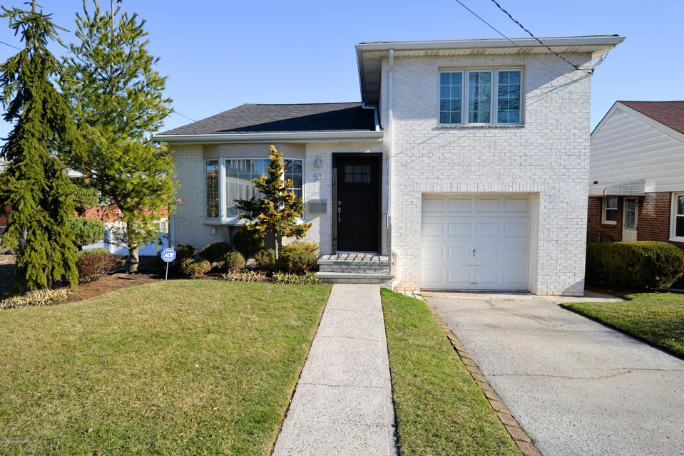 Single Family - Detached in Grasmere - 53 Pouch Terrace   Staten Island, NY 10305