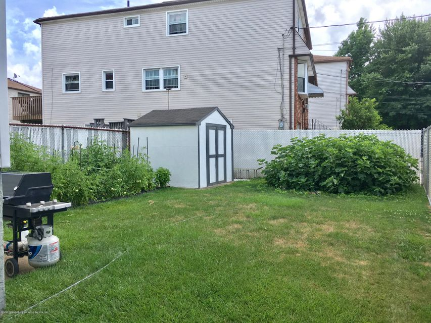 Single Family - Semi-Attached 100 Wilcox Street  Staten Island, NY 10303, MLS-1121410-21