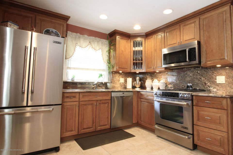Single Family - Semi-Attached 100 Wilcox Street  Staten Island, NY 10303, MLS-1121410-8