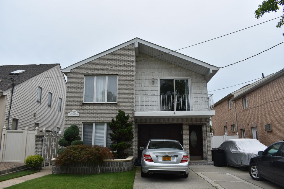 Two Family - Detached 7320 Hylan Boulevard  Staten Island, NY 10307, MLS-1121516-2