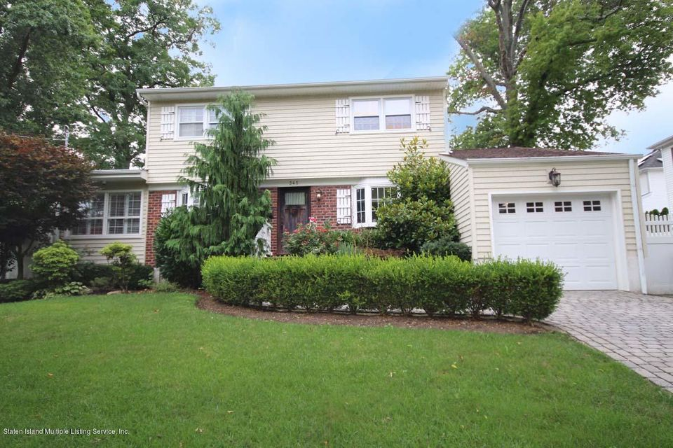 Single Family - Detached in Tottenville - 345 George Street  Staten Island, NY 10307