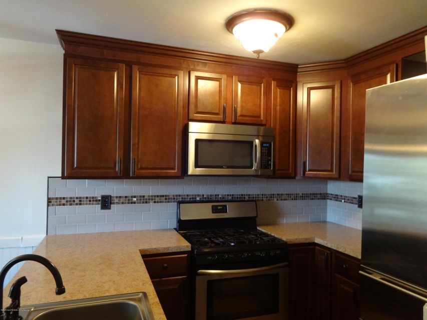 Single Family - Attached 332 Pulaski Avenue  Staten Island, NY 10303, MLS-1121533-7