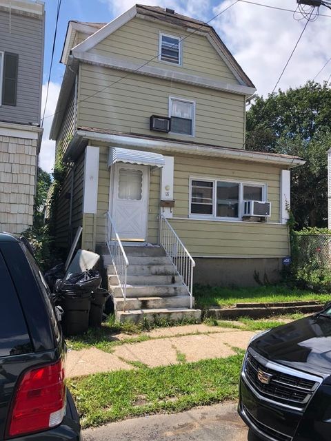 Single Family - Detached 18 Irving Place  Staten Island, NY 10304, MLS-1121562-2