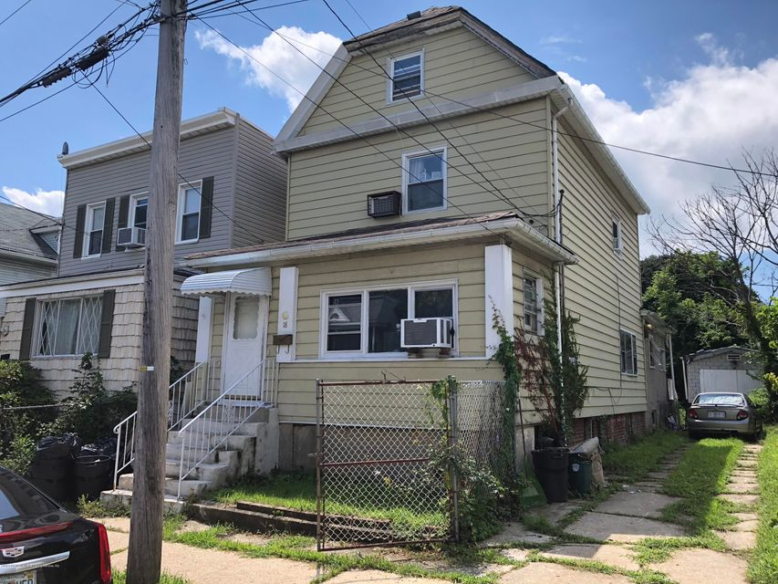 Single Family - Detached 18 Irving Place  Staten Island, NY 10304, MLS-1121562-3