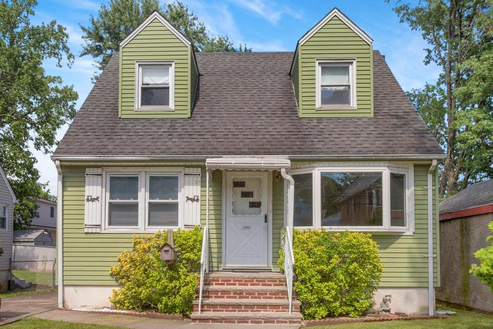 Single Family - Detached in Eltingville - 331 Robinson Avenue  Staten Island, NY 10312