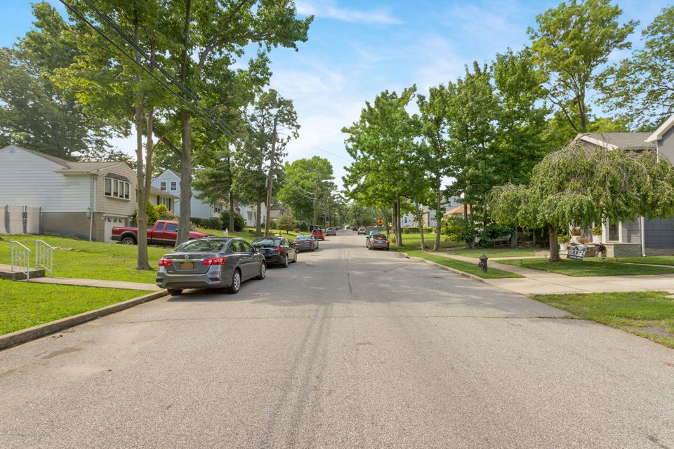 Single Family - Detached 331 Robinson Avenue  Staten Island, NY 10312, MLS-1120577-6