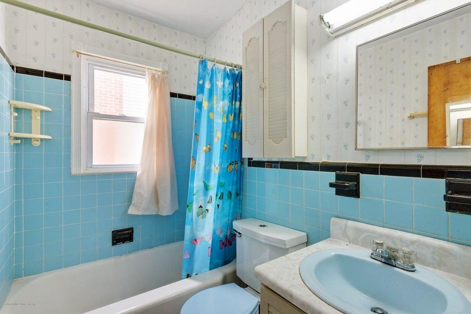 Single Family - Detached 331 Robinson Avenue  Staten Island, NY 10312, MLS-1120577-10