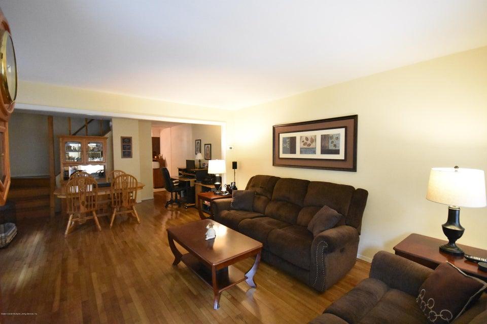 Single Family - Semi-Attached 137 Lamport Boulevard  Staten Island, NY 10305, MLS-1120628-2