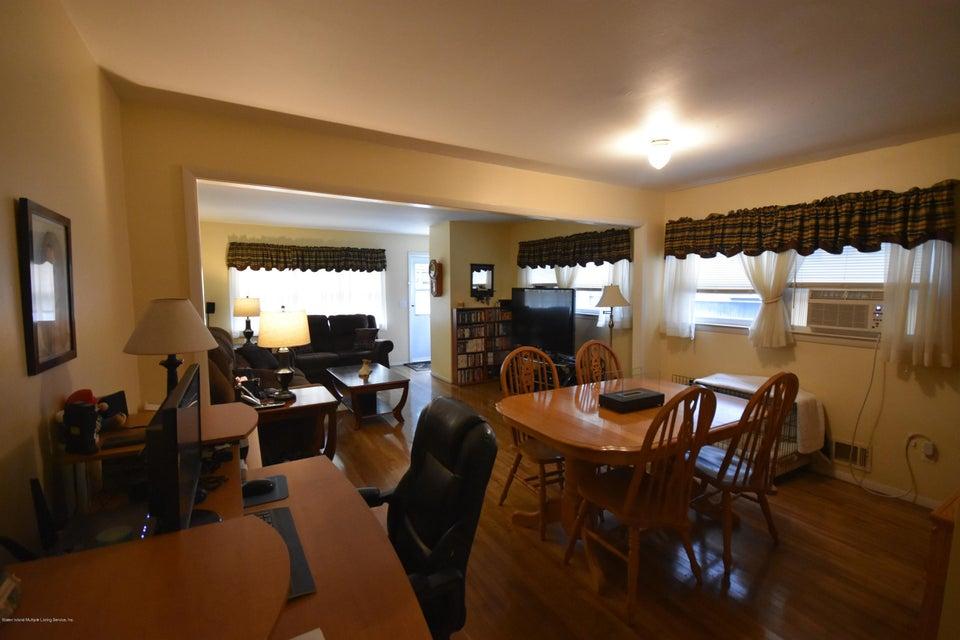 Single Family - Semi-Attached 137 Lamport Boulevard  Staten Island, NY 10305, MLS-1120628-3