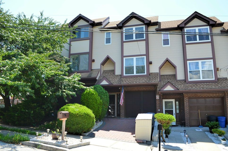 Single Family - Attached in Rosebank - 34 Donley Avenue  Staten Island, NY 10305