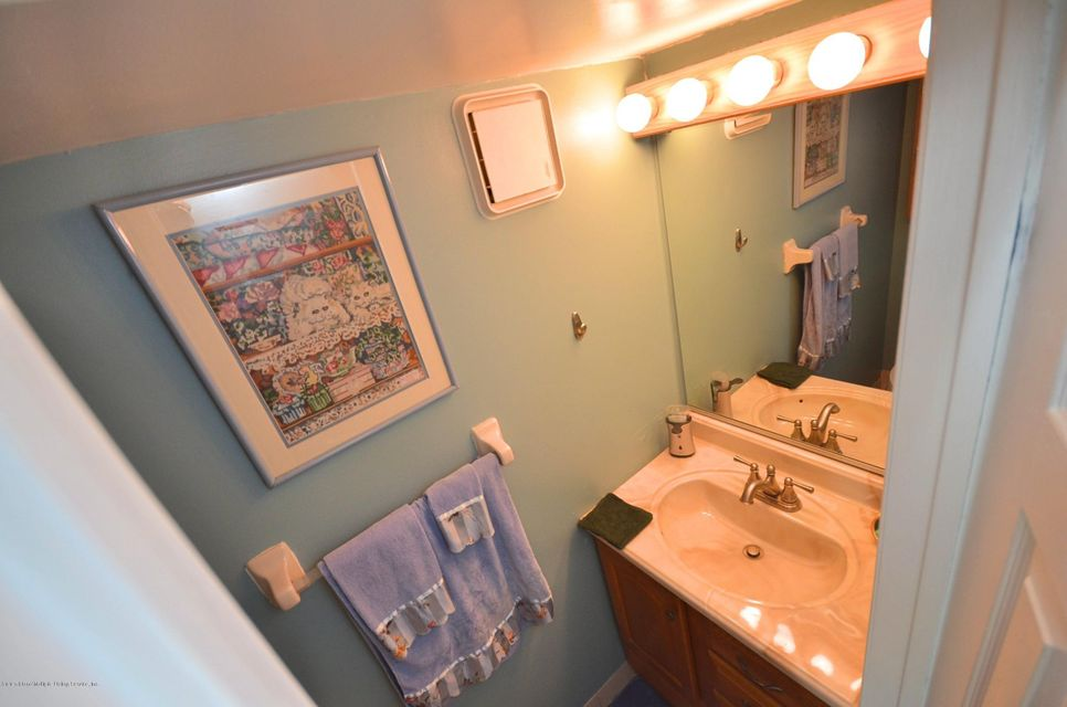 Single Family - Attached 34 Donley Avenue  Staten Island, NY 10305, MLS-1121579-9